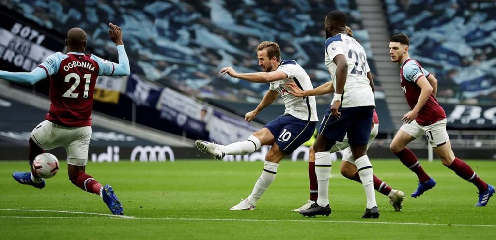 Kane qui tir contre West Ham.